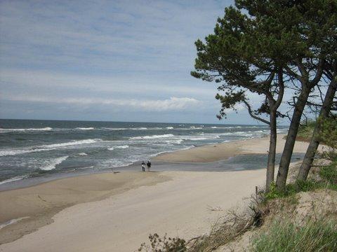 wydmy i plaża w Ustroniu
